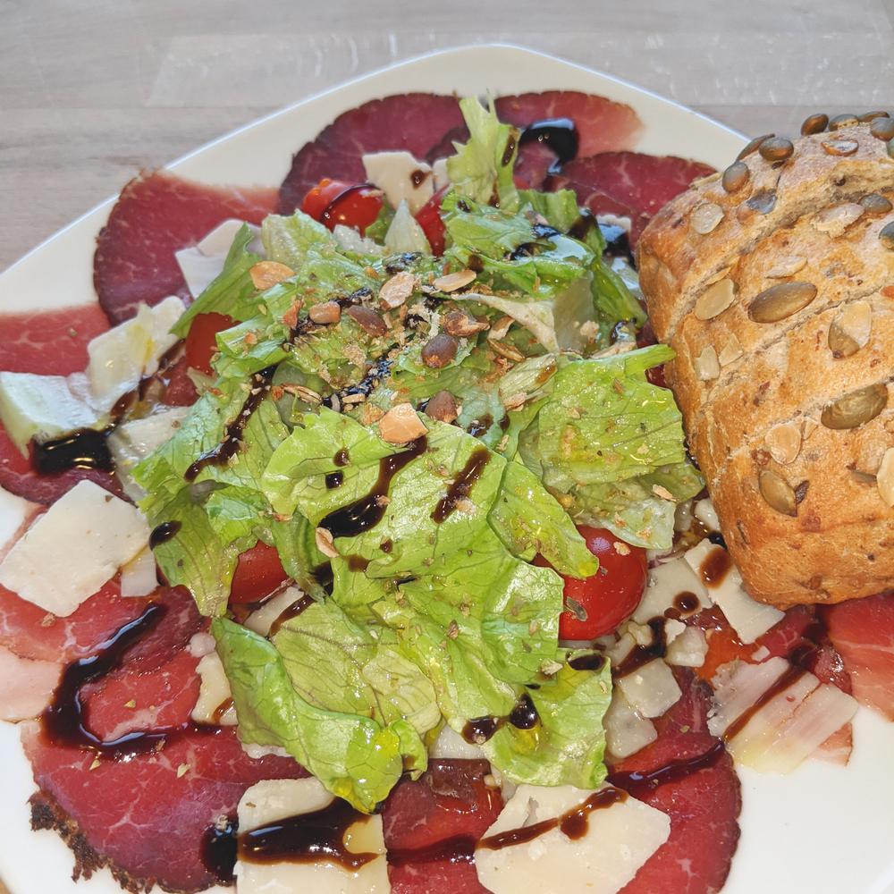 Bresaola con insalata 2